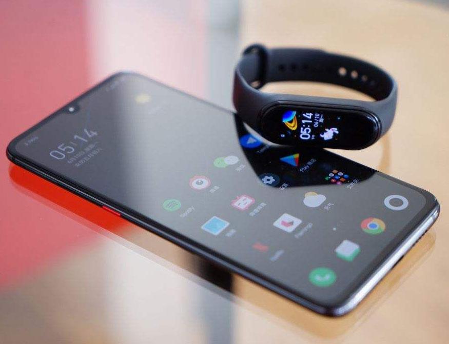 قابلیت اتصال Mi Band 4 به گوشی های هوشمند