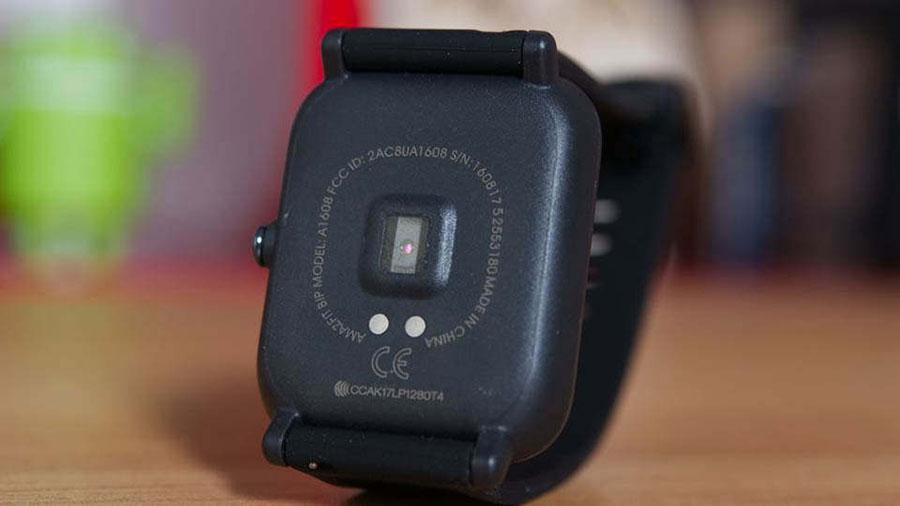 سنسور سنجش ضربان قلب ساعت هوشمند آمازفیت